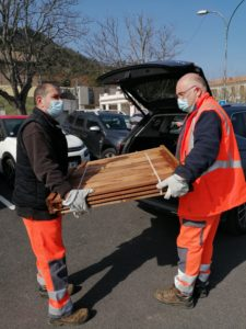 Mairie Saint-Savournin distribution composteurs