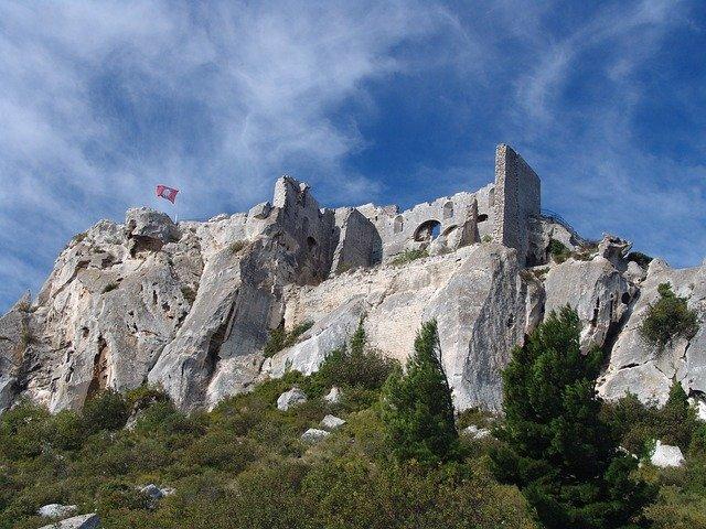 Mairie de Saint-Savournin Visite des Baux de Provence Jeudi 18 septembre